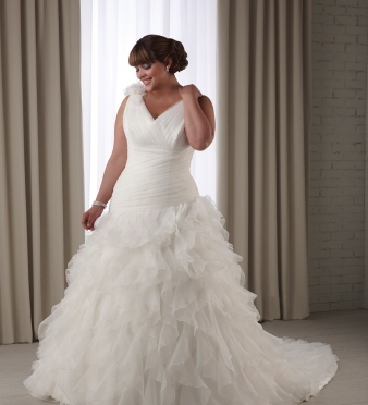Big girls you are beautiful plus size wedding gowns for Wedding dresses for bigger girls
