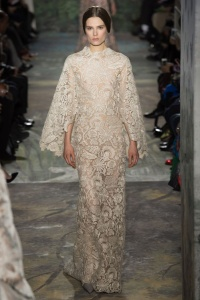 valentino_printemps___t___2014__haute_couture__717862318_north_499x_white