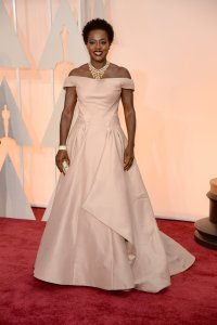 viola-davis-oscars-red-carpet-2015