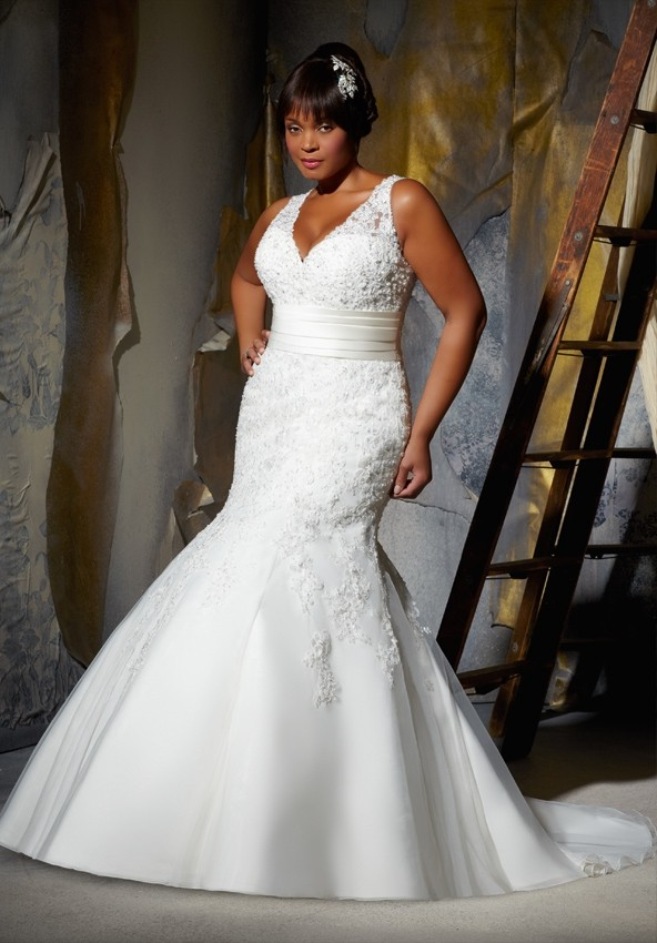 Big Girls You Are Beautiful Sexy Wedding Gowns Fashion4brides