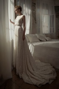 utterly-gorgeous-and-dreamy-bridal-gowns-collection-by-lihi-hod