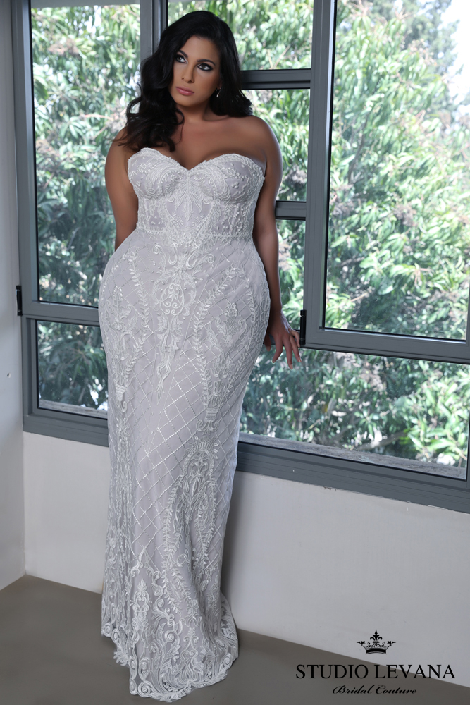 Studio Levana Curvy Enchanted Collection