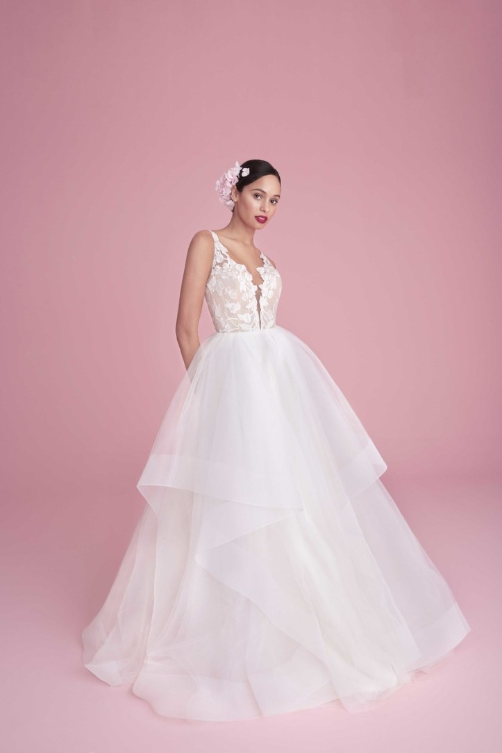 blush-by-hayley-paige-wedding-dresses-spring-2019-001